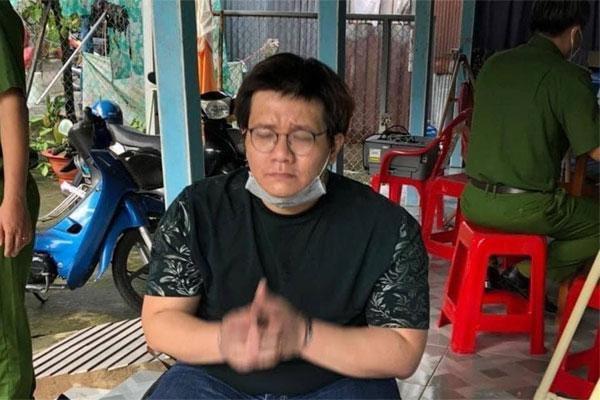 Nhâm Hoàng Khang tiết lộ danh tính của nữ ca sĩ thuê mình đánh sập group anti?-tintuc24h-live